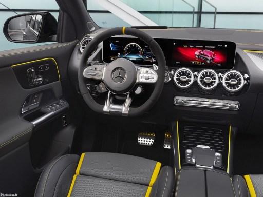 Mercedes AMG GLA45 S 2021