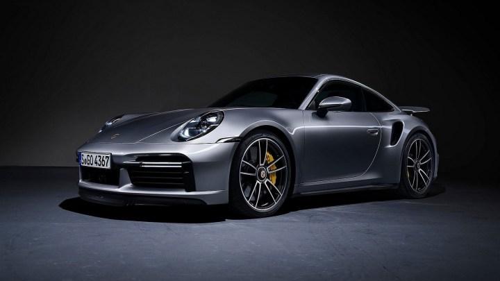 Porsche 911 Turbo S 2021 – Une ligne sportive de la poupe à la proue