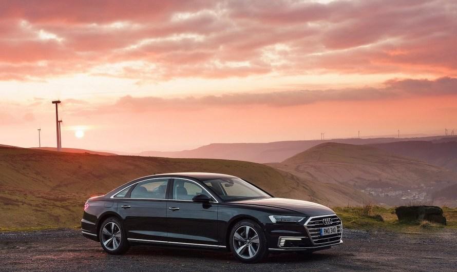 Audi A8 L 60 TFSI e 2020 – Il a une propulsion hybride rechargeable