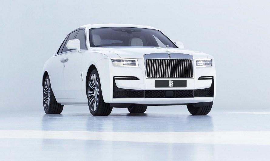 Rolls Royce Ghost 2021 – Puissance V12 avec une nouvelle technologie de châssis