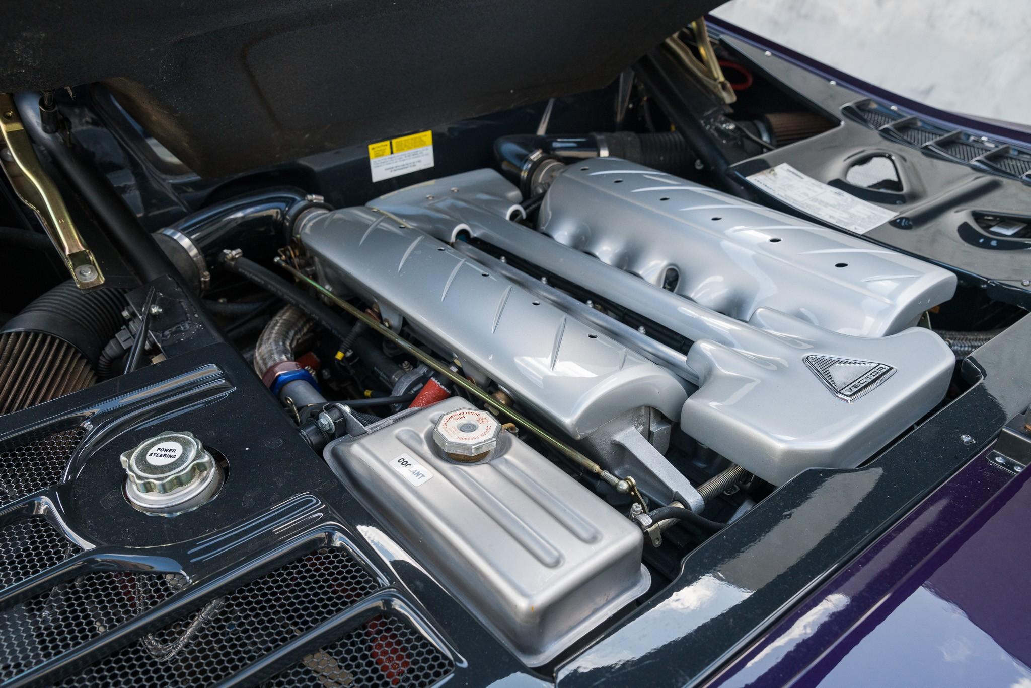 Vector M12 1996