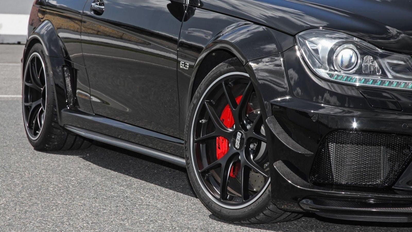 Inden Design Mercedes C63 AMG Black 2017