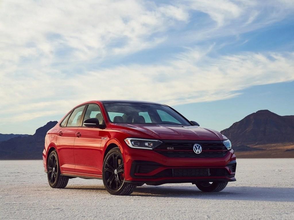 Volkswagen Jetta GLI 2021 – Accélération rapide et performances de freinage élevées