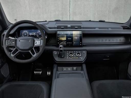 Land Rover Defender V8 2022