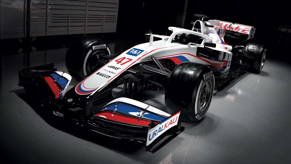 Haas VF21 F1 2021 – Haas surprend avec de nouvelles couleurs