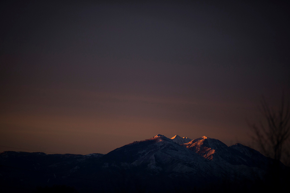 The Sunrise lights up the mountains in Provo, Utah before the Holi Festival of Colors, on Saturday, Mar. 24, 2012. (Photo by Benjamin B. Morris ©2012) (Benjamin B. Morris)