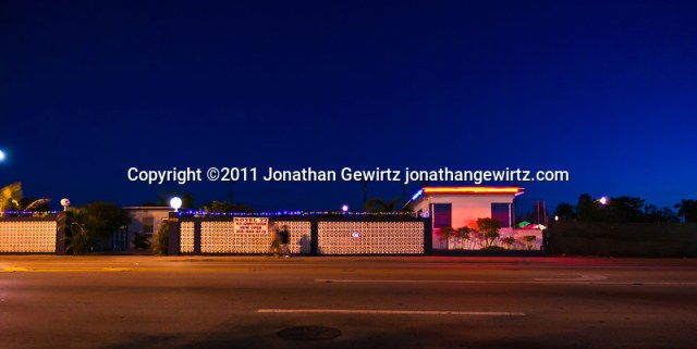 A small motel on Southwest 8th Street, Miami, Florida in the predawn hours. (© Jonathan Gewirtz, jonathan@gewirtz.net)