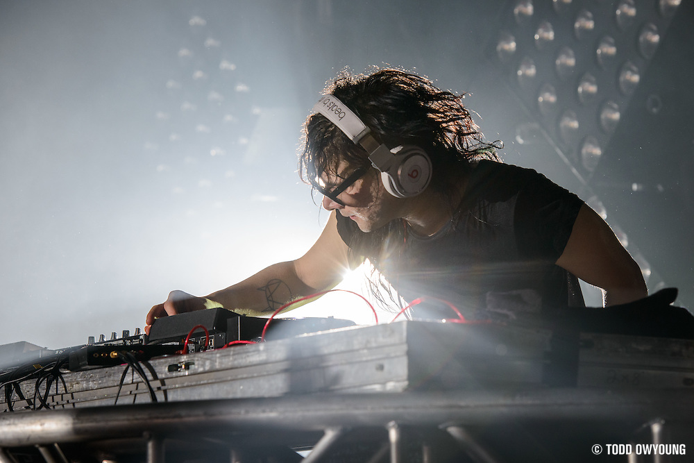 Skrillex performing at the Music Hall of Williamsburg as part of his 2014 Brooklyn takeover series on February 11, 2014. (Todd Owyoung)