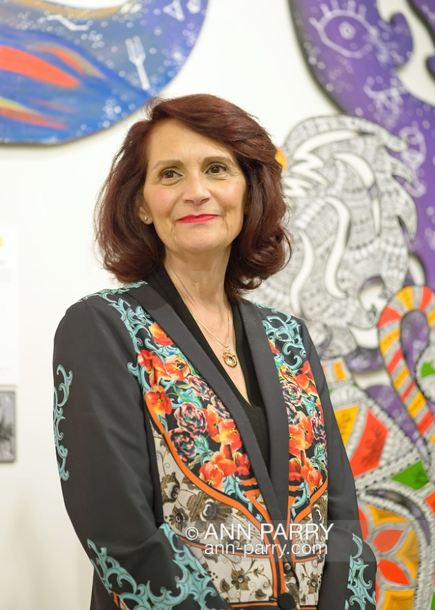 Roslyn, New York, U.S. September 13, 2019. CHANDRI BARAT speaks at ANIMODULES Agents of Peace exhibit Farewell Reception and Founders' talk by Gary Barat and Chandri Barat, at the Nassau County Museum of Art's Manes Art & Education Center, named for Dr. HARVEY MANES, who was in attendance and spearheaded the exhibit. (© 2019 Ann Parry/AnnParry.com)