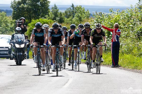 © Reuben Tabner. .Stamfordham, Northumberland, UK  26/06/11. An early break of 12 riders included six Sky riders, including, Bradley Wiggins, Geraint Thomas and Peter Kennaugh (Reuben Tabner)