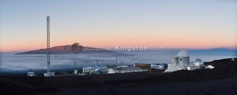 Panoramic view of the Mauna Loa Observatory, Hilo, Hawaii. (Jonathan Kingston)