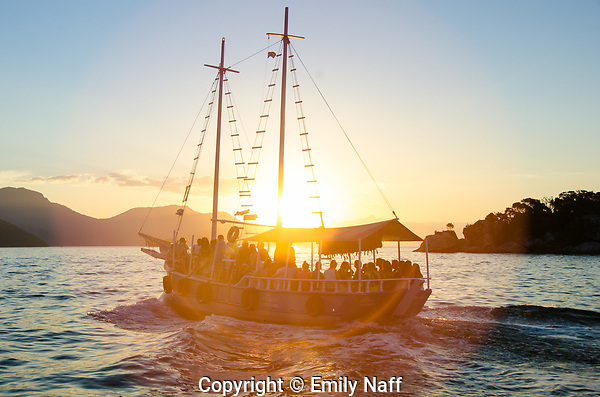 Boats returning to Abraao after a day at Lopes Mendes Beach, Ilha Grande, Brazil (Emily Naff)