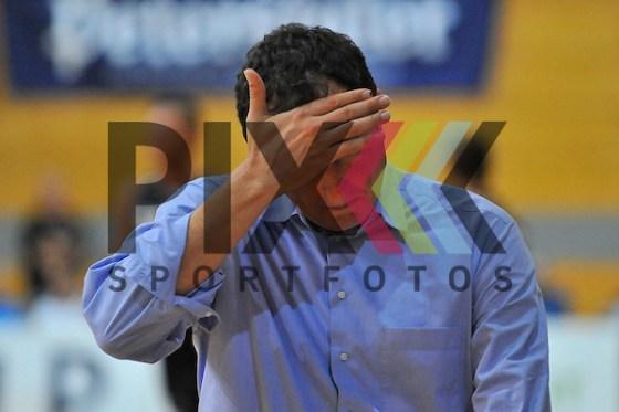 Heidelbergs Trainer Branislav Ignjatovic im Spiel MLP Heidelberg Academics - ETB Wohnbau Essen. Foto © P-I-X.org *** Foto ist honorarpflichtig! *** Auf Anfrage in hoeherer Qualitaet/Aufloesung Belegexemplar erbeten Veroeffentlichung ausschliesslich fuer journalistisch-publizistische Zwecke For editorial use only (Michael Ruffler/P-I-X.org)