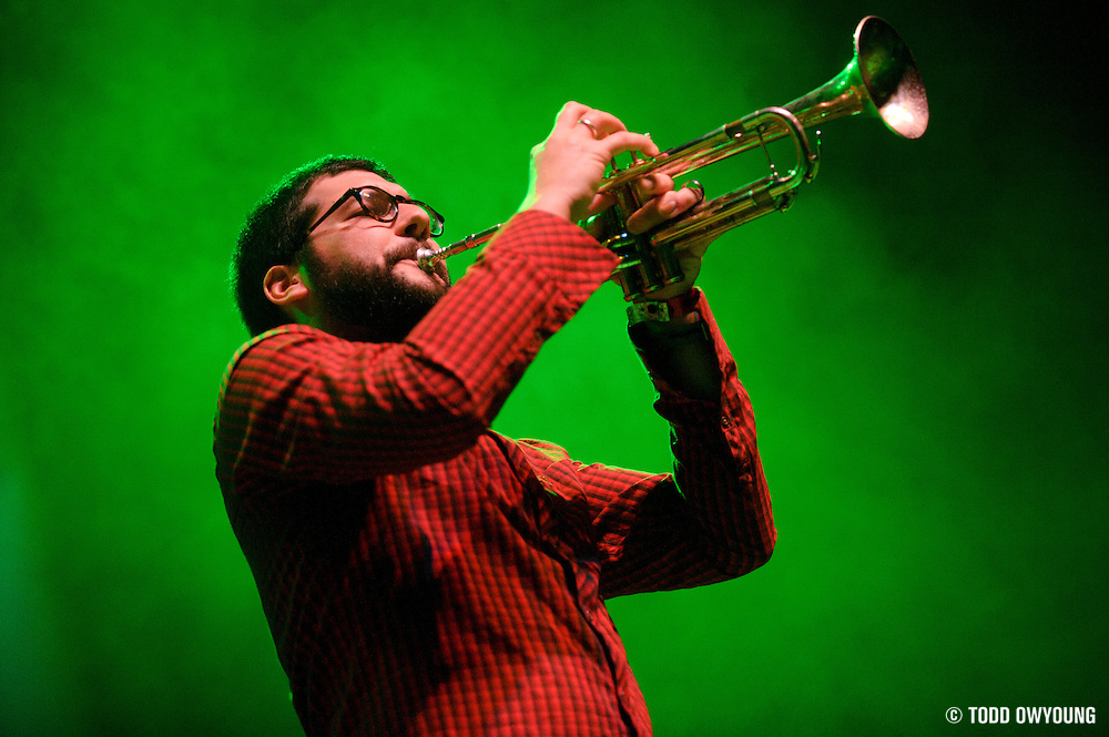 Photos of the third wave ska band Reel Big Fish performing live at the Pageant in St. Louis on November 11, 2010. (© Todd Owyoung)