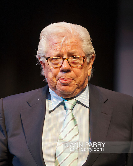Hempstead, NY, USA. March 20, 2012. CARL BERNSTEIN, investigative journalist, talks about the Watergate political scandal during its 40th Anniversary, at Hofstra University.  (© 2012 Ann Parry/Ann-Parry.com)