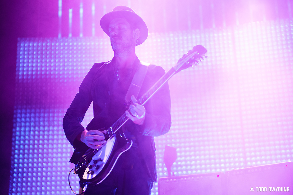 Radiohead performing at the Scottrade Center in St. Louis on March 9, 2012. (Todd Owyoung)