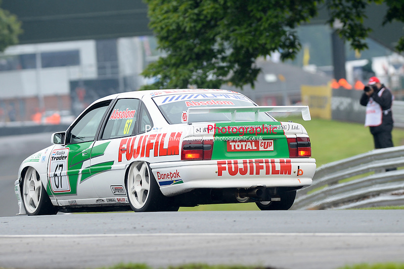 #67 Tony Absolom – Vauxhall Cavalier during HSCC Super Touring Car Championship