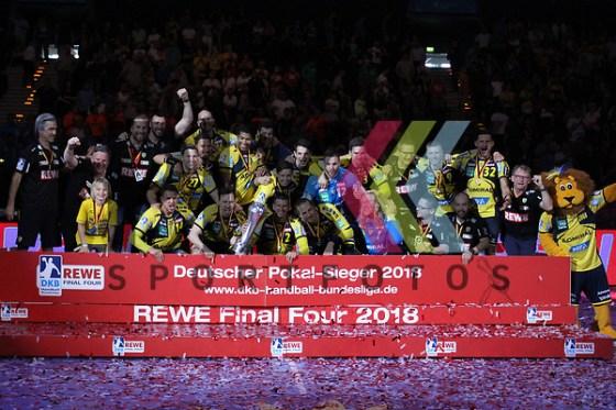 Der neue Deutsche Meister 2017/2018 - Die Rhein Neckar Löwen beim FinalFour im Spiel, Rhein Neckar Loewen - TSV Hannover-Burgdorf. Foto © PIX-Sportfotos *** Foto ist honorarpflichtig! *** Auf Anfrage in hoeherer Qualitaet/Aufloesung. Belegexemplar erbeten. Veroeffentlichung ausschliesslich fuer journalistisch-publizistische Zwecke. For editorial use only. (PIX-Sportfotos/Michaela Koesegi/PIX-Sportfotos.de)