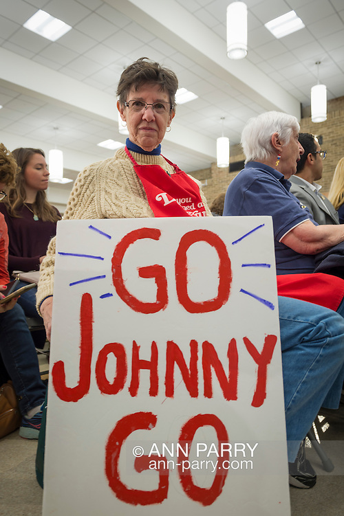 Hempstead, New York, USA. April 4, 2016. MAUREEN O'BRIEN, from Bethpage, holds a'GO Johnny GO' sign she brought to Town Hall hosted by JOHN KASICH, Republican presidential candidate and governor of Ohio, at Hofstra University David Mack Student Center in Long Island. O'Brien is a registered Republican and supports Kasich. The New York primary is April 19, and Kasich is the first of the three GOP presidential candidates to campaign in Nassau and Suffolk Counties, and is in third place in number of delegates won. (Ann Parry/Ann Parry, ann-parry.com)