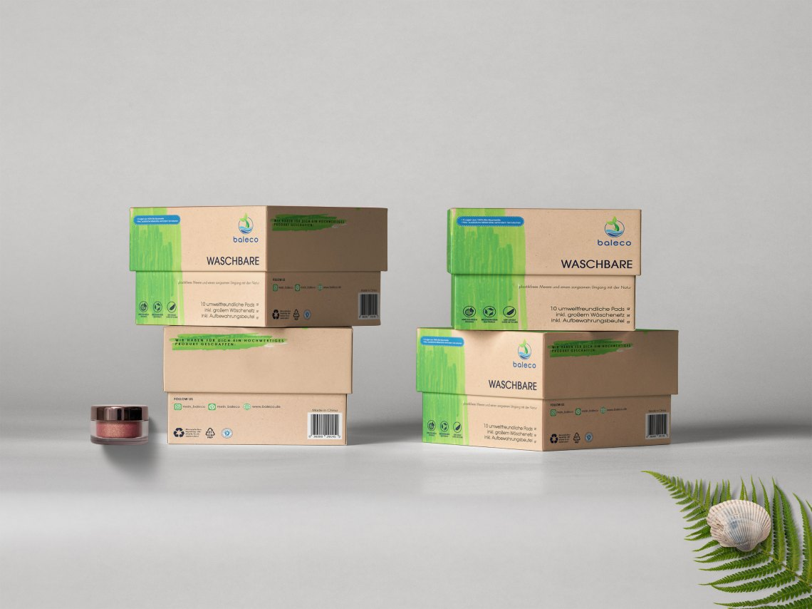 Download Free Shipping Box PSD Mock Up