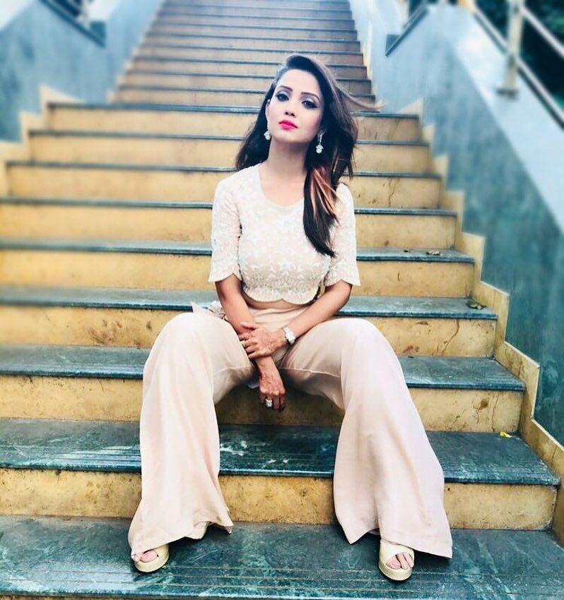 Actress Adaa Khan Pics
