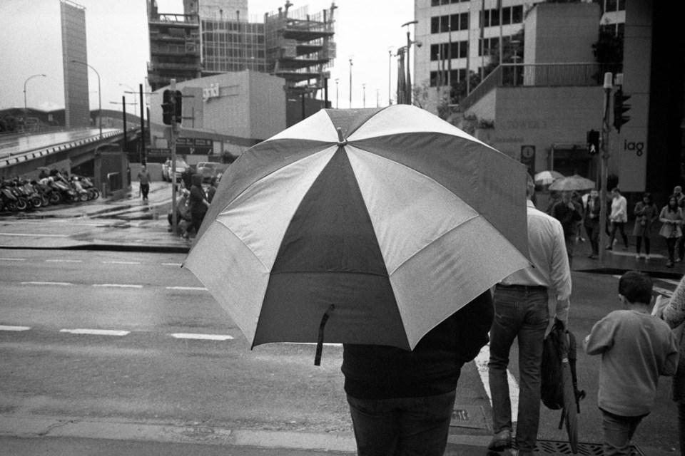 Big umbrella | Nikon L35AF | Silberra Ultima 200 Panchrome 200