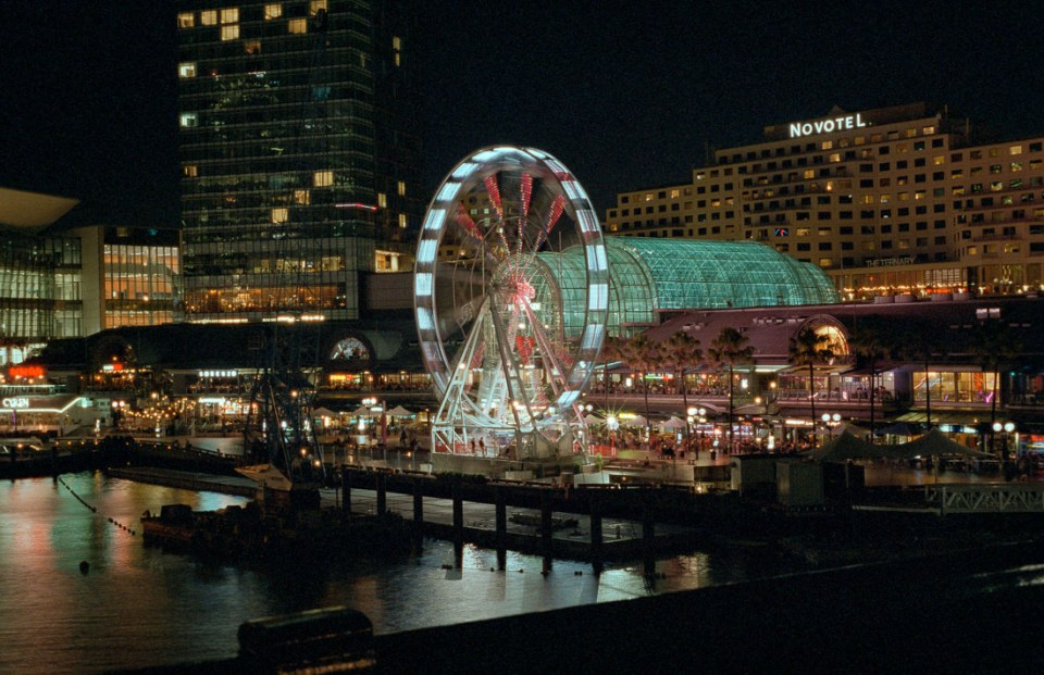 Darling Harbour | Nikon F70 | Nikkor 50mm f/1.8 AF | Fujifilm Natura 1600