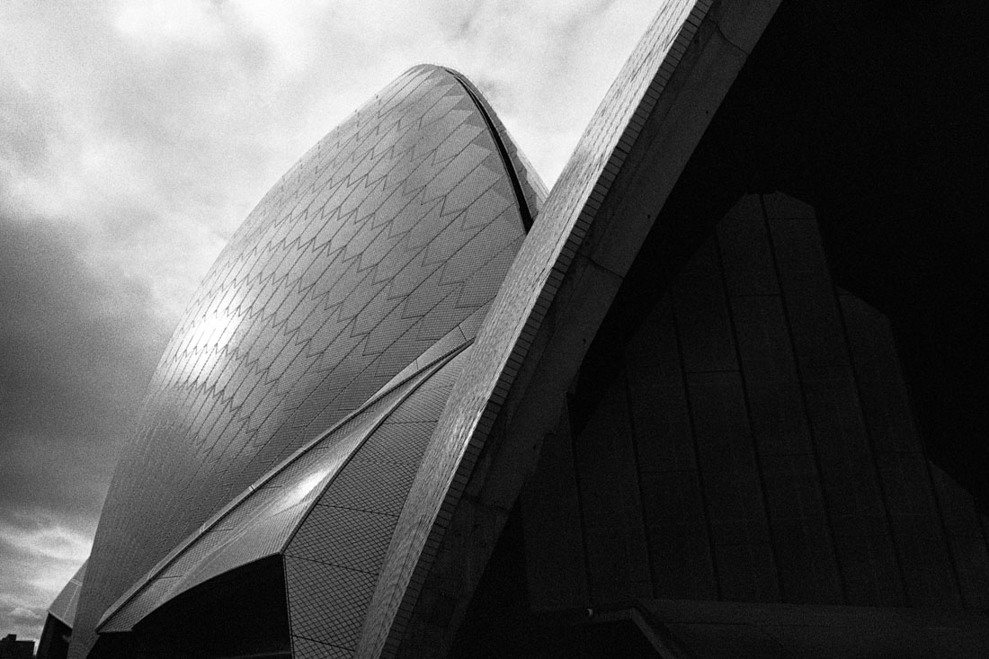 Sydney Opera House sails | Nikon F3 | Nikkor 35mm f/2.8 Ai | Ilford HP5 Plus 400 @ EI 800