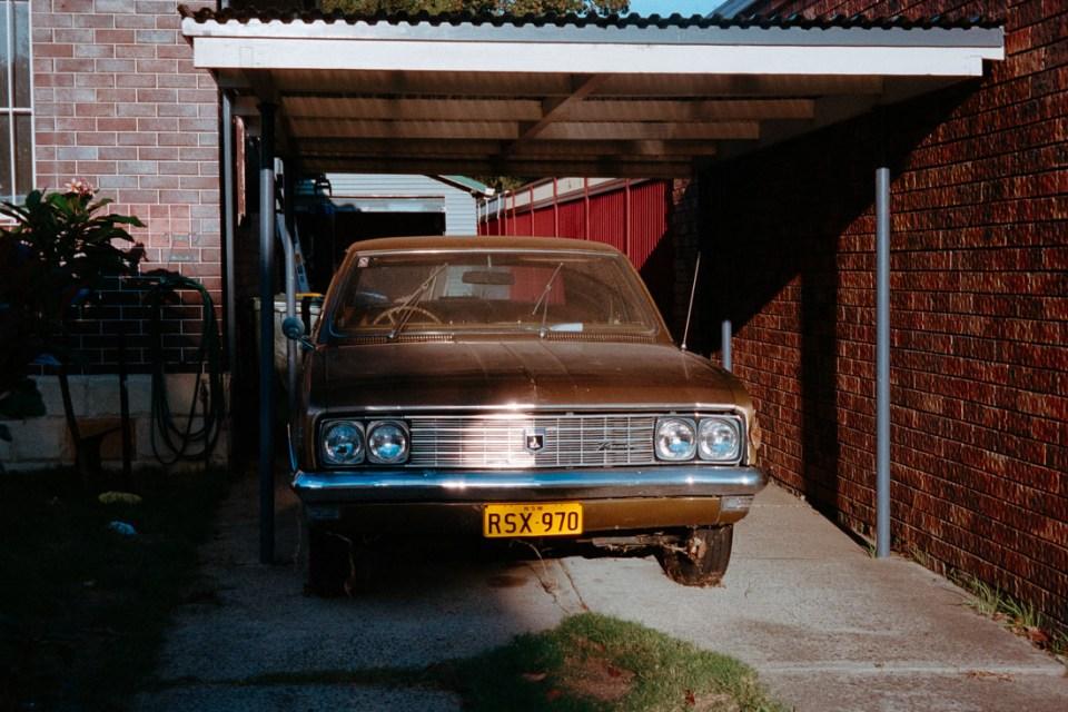 Old Holden | Pentax Espio 80V | Kodak Portra 400