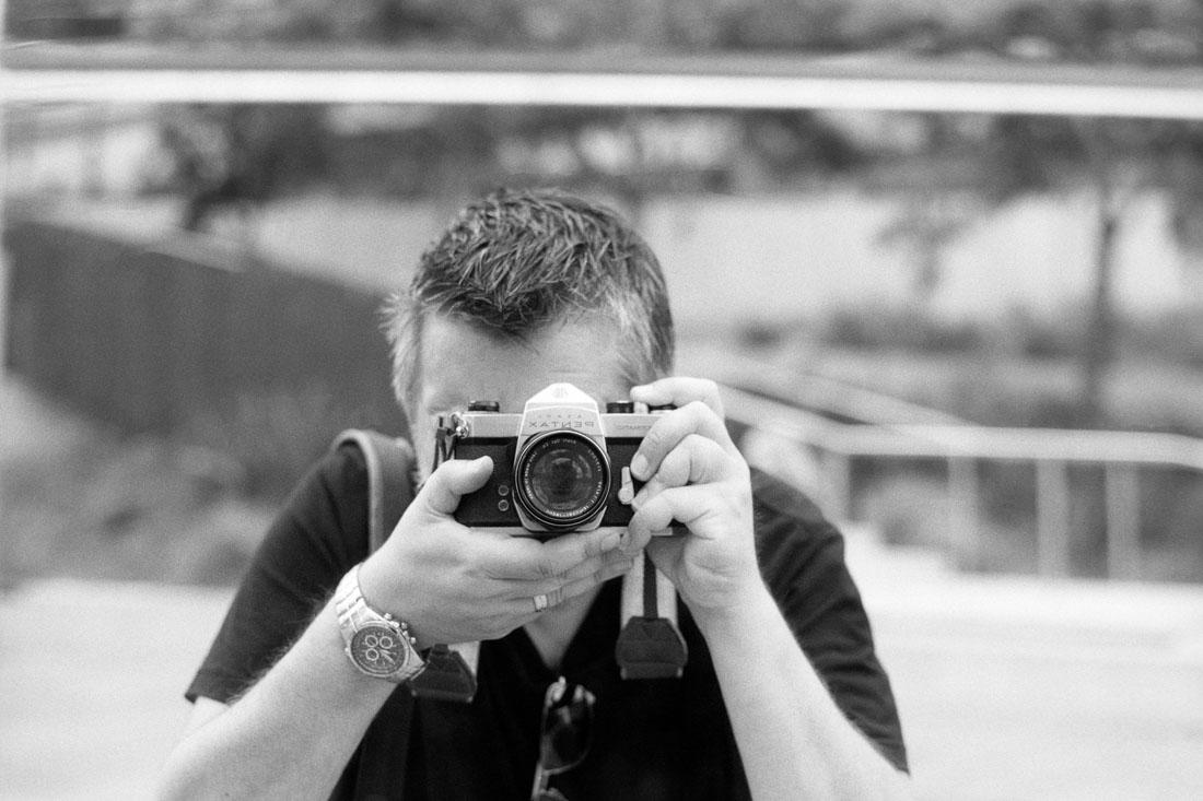 Obligatory camera selfie | Pentax Spotmatic SP | Pentax Super-Takumar 50mm f/1.4 | Ilford FP4 Plus