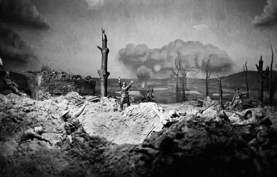 Museum WW2 display | Leica M2 | Carl Zeiss Biogon 35mm f/2 | Ilford HP5 Plus @ EI 800