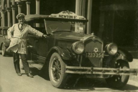 Ken Magor with his taxi - Broken Hill, 1932