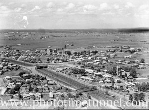 Aerial view of the eastern approach to Maitland, NSW, circa 1940s.