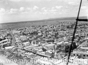 Aerial view of Maitland, NSW, circa 1940s. (5)