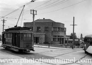 Tram and bus at the Merewether line tram terminus, Newcastle, NSW, showing the Beach Hotel, February 6, 1947. (1)