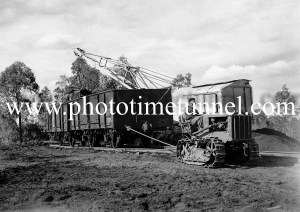 Loading duff coal at Neath, NSW, May 9, 1940. (3)