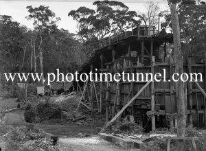 Mining resumes after a stoppage at Seaham No.2 colliery (West Wallsend, NSW), August 7, 1945.
