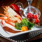 【開邊龍蝦西式海鮮料理】的圖庫相片