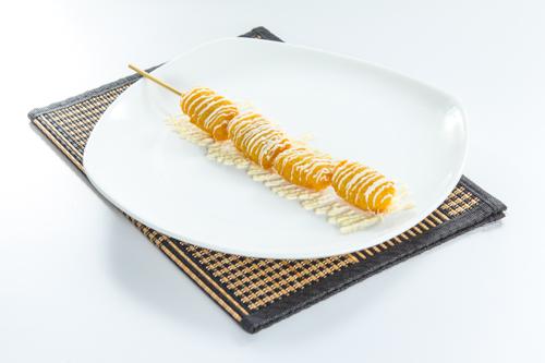 【沙律醬炸雞塊串燒】的美饌素材畫像