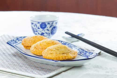 【三件傳統中式點心叉燒酥】專業食物攝影師的圖片庫
