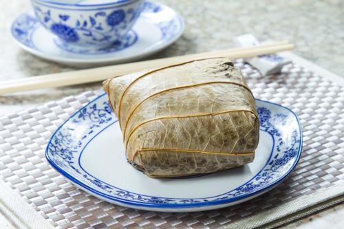 【香港地道茶樓平民點心糯米雞】的圖庫相片