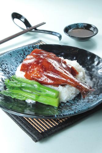 【港式燒臘燒鵝髀碟頭飯油菜】印刷級的美食相