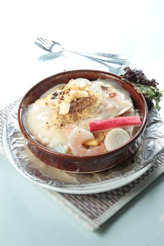 【海鮮蟹柳大蝦白汁焗飯】比自己拍攝更便宜的食物相片方案