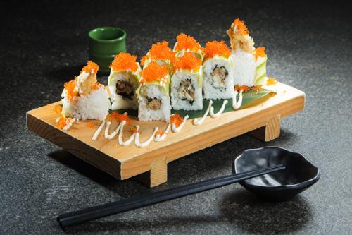 【蟹子牛油果炸軟殼蟹壽司卷物】可以下載的高像素高清食物相