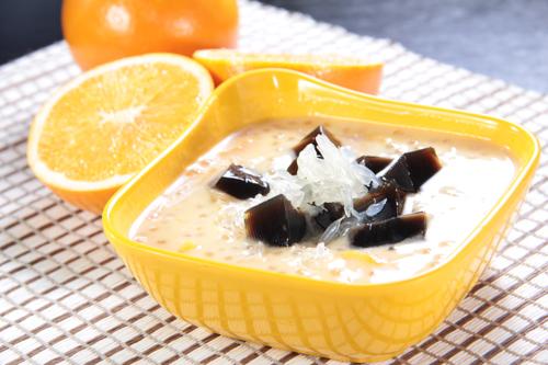 マンゴーポメロサゴの甘いスープとせんそうゼリー