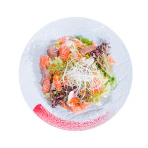 【生魚片沙拉鳥瞰拍攝】下載即可用於任何風格平面設計的超方便餐牌相片