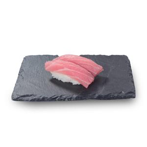 兩件吞拿魚赤身壽司的去背退地食物素材相片