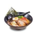 日式叉燒全熟蛋味噌湯拉麵的去背退地食物素材相片
