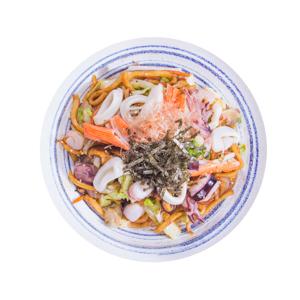混合海鮮炒烏冬面的去背退地食物素材相片