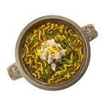 四川酸菜魚湯火鍋湯底的去背退地食物素材相片